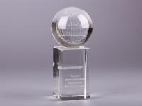 <p><em><strong>Материалы:</strong>оптическое стекло</em></p> <p><em><strong>Технологии:</strong> лазерная гравировка внутри стекла, ручная огранка, УФ склейка</em></p> <p><strong><em>Размер,мм:</em></strong><em>180х80х80</em></p> <p><em><em><strong>Примерная стоимость, руб.:</strong> 5 200</em></em></p> <p><em><em><em>изделия изготавливаются по Вашим индивидуальным требованиям,</em><em>стоимость зависит от сложности изготовления, материалов и тиража</em></em></em></p>